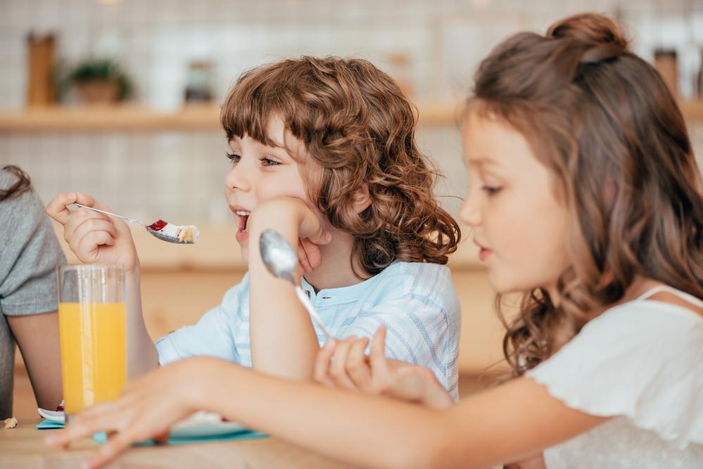 Подробный бизнес план детского кафе с нуля можно найти здесь