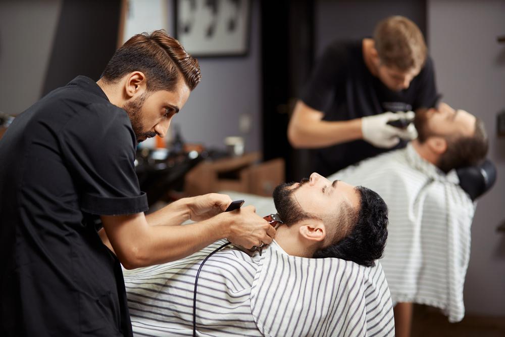 Готовый бизнес план парикмахерской с расчетами можно найти здесь