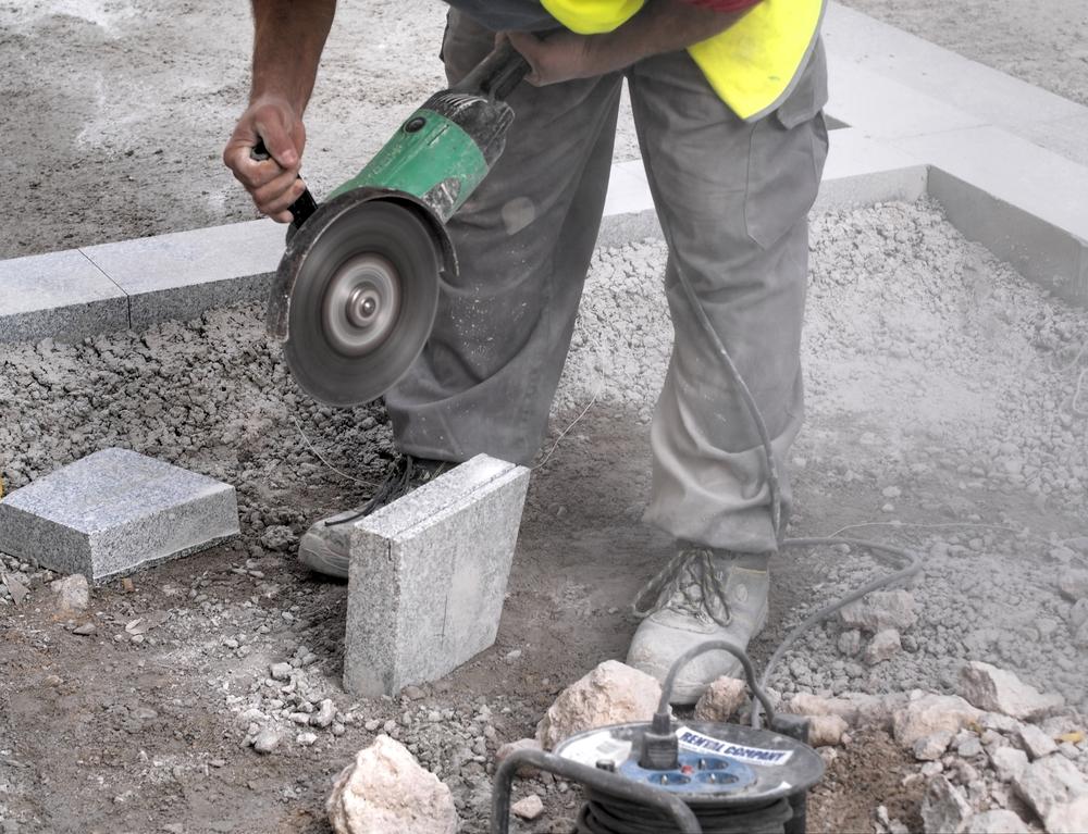 Техника и оборудование по изготовлению тротуарной плитки